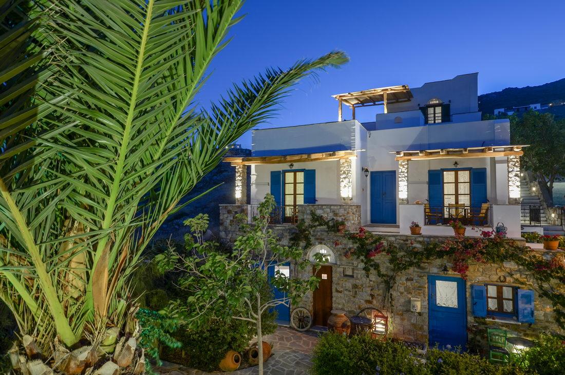 Naxos filoxenia hotel naxos hotels hoteliers for Boutique hotel glaros