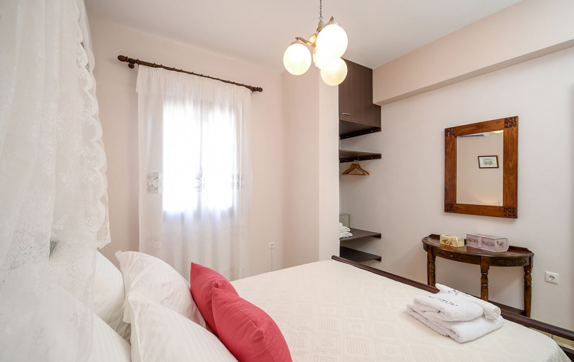 Villa of roses naxos hotels hoteliers association of for Boutique hotel glaros